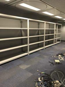 業務用スチールラック 軽中量ボルトレス棚を現地組立させていただきました[壁面固定工事付]@神奈川県横浜市